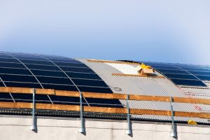 French Company Introduces a New Way to Mount Rooftop PV